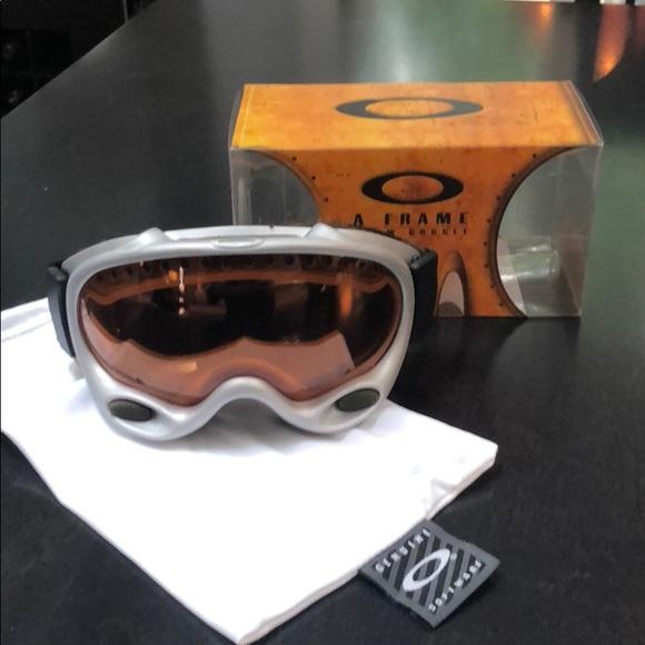 02be1ffbcd0 Vintage Oakley ski goggles a frame. M 5ba948aefe51510398da77eb. Other  Accessories ...